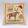 Koňský povlak na polštář - hnědý kůň