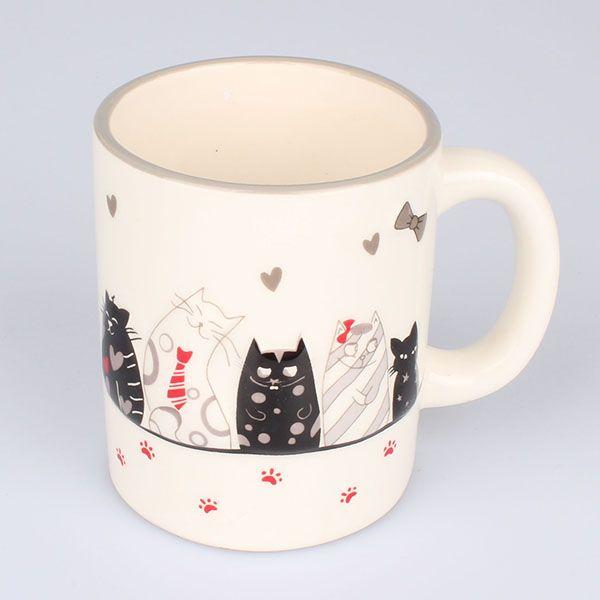 hrneček vysmáté kočky