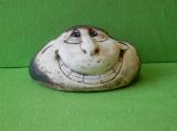 Keramický ozdobný zubatý kámen