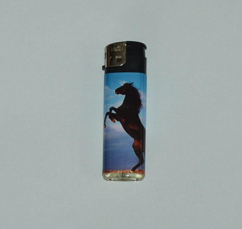 Zapalovač koňská krása - černý kůň