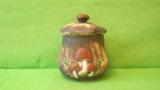 Dóza - hrnec s houbami menší