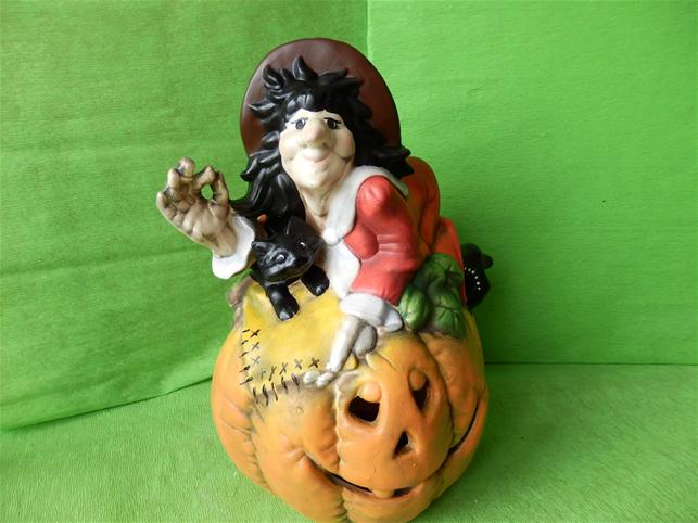 Halloweenská dýně - čarodějnice na dýni