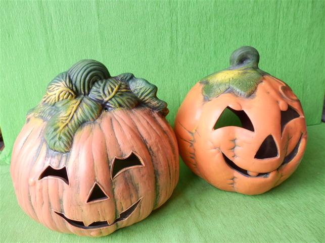 Halloweenská dýně střední