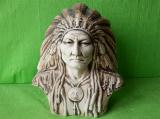 Busta indiánského náčelníka