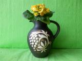 Květináč džbán s vinnou révou