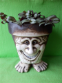 Květináč vysmátý troll