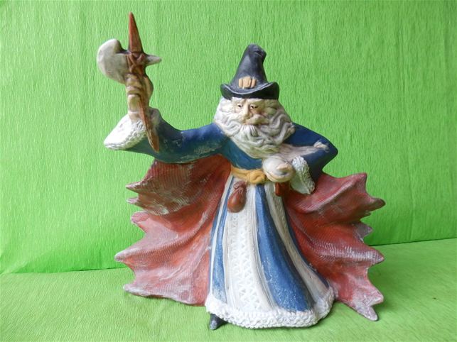 Soška čaroděj se sekerou