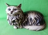 Soška perská kočka ležící