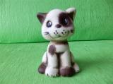 Soška roztomilé koťátko