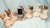 Stojánek na mobil pes
