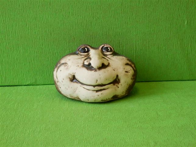 Keramický ozdobný kámen