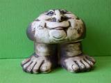 Keramický ozdobný kámen s jazykem na nohách