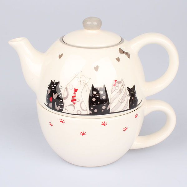 kočičí souprava šálek a konvička vysmáté kočky