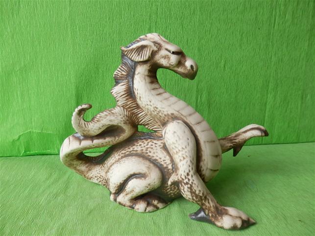 Soška drak orientální