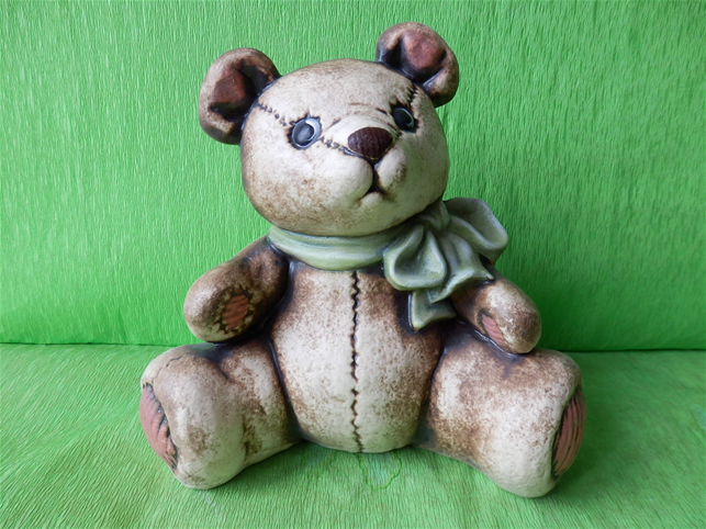Soška medvěd střední
