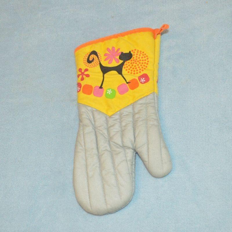 Chňapka / rukavice černá kočka