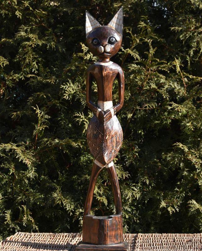 socha dřevěná kocour