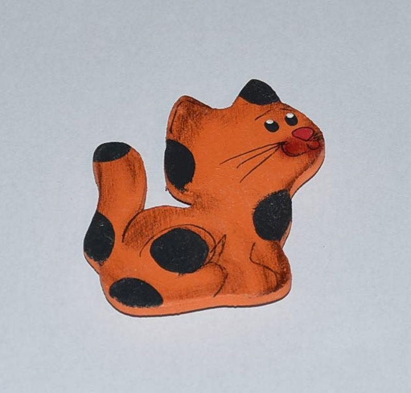 Magnet sedící oranžová kočka