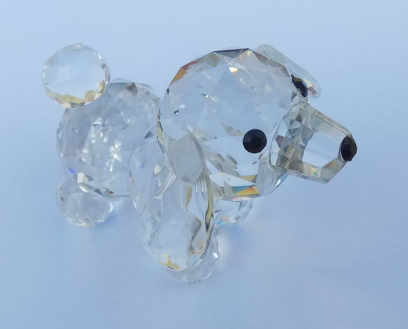 Skleněný pes-pudl