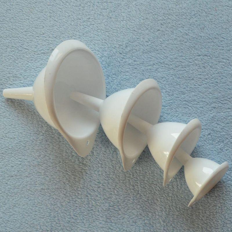 Sada plastových trychtýřů - 4 ks
