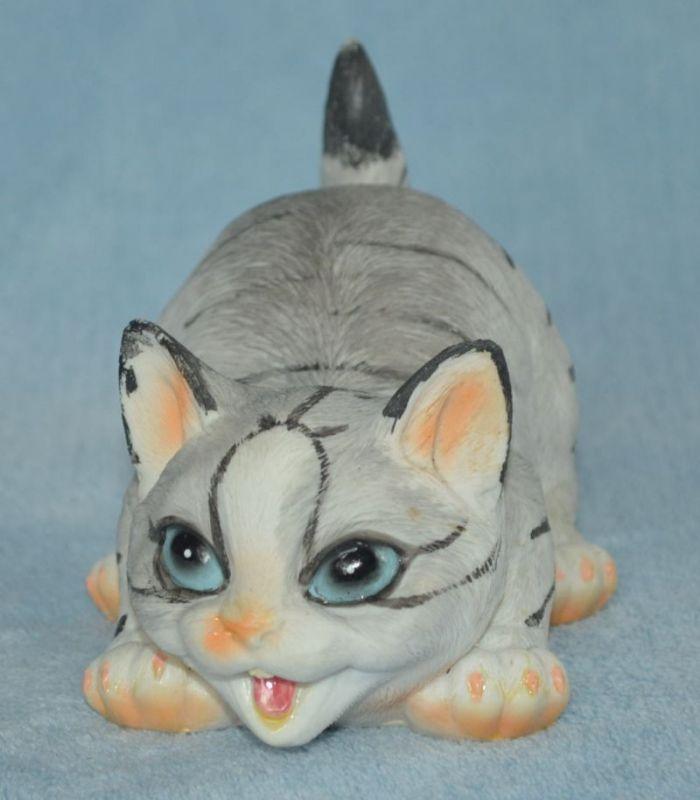 Soška mourovatá kočka - hravá