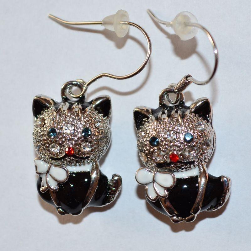 Náušnice kočka s mašlí