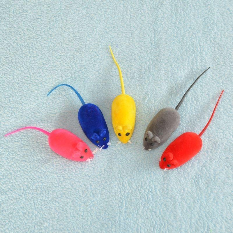 Pískací myš pro kočky